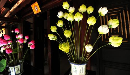 Làm đẹp không gian gia đình bạn bằng hoa sen giấy Thanh Tiên